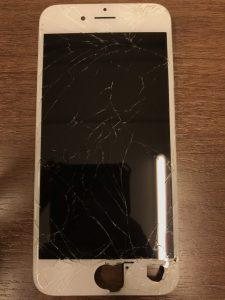 数年間放置していた画面割れ修理iphone6s