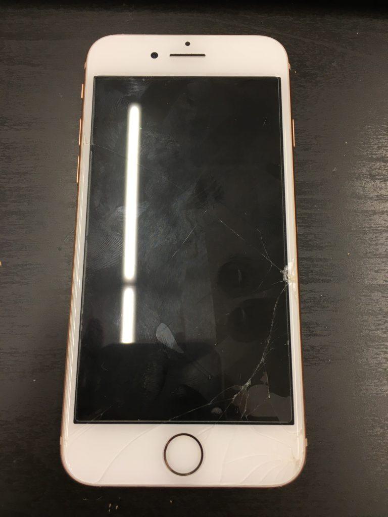 iPhone8、画面割れ、液晶映らない